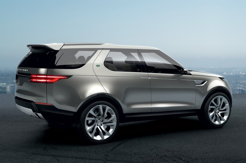 Land-Rover-Discovery-Vision-Concept-rear-side-view